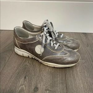 Mephisto Runoff Air Jet System Tennis Shoes 6